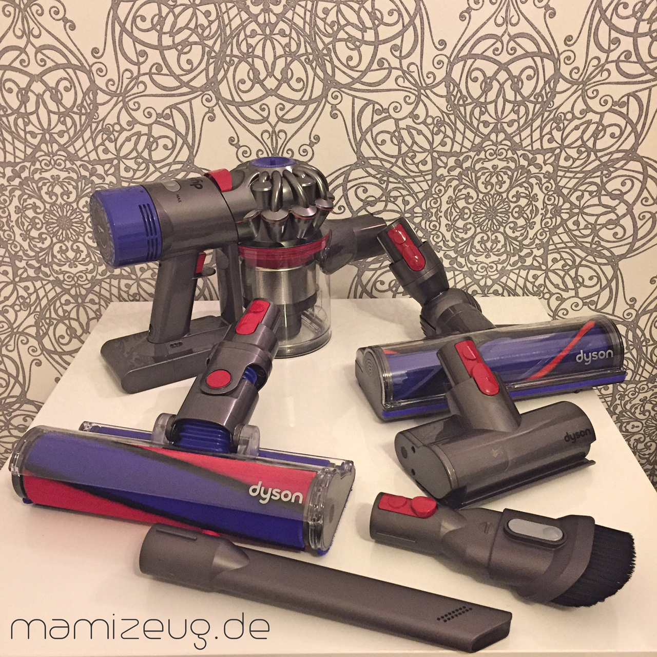 dyson akkusauger v8 absolute im test mama. Black Bedroom Furniture Sets. Home Design Ideas