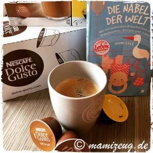 Kaffee und Lesestoff