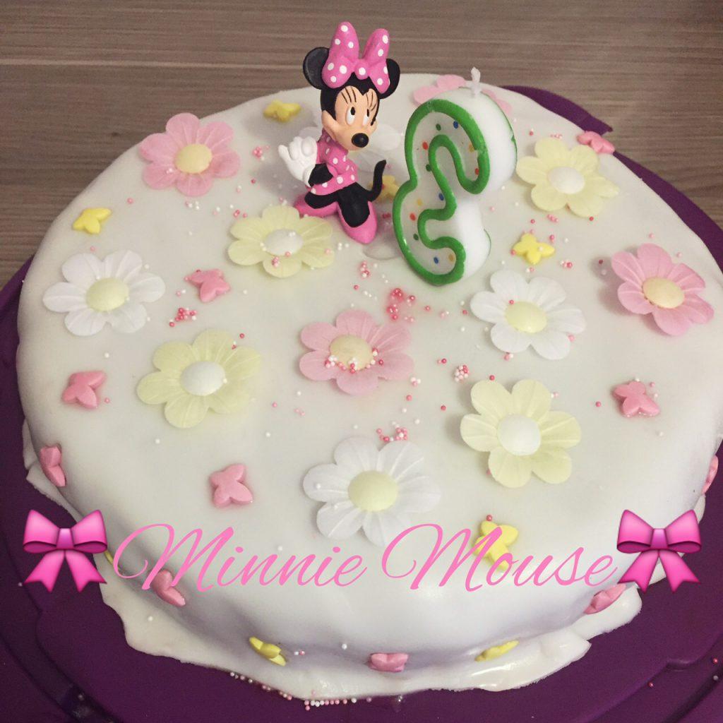 Minnie Mouse Torte für Kindergeburtstag